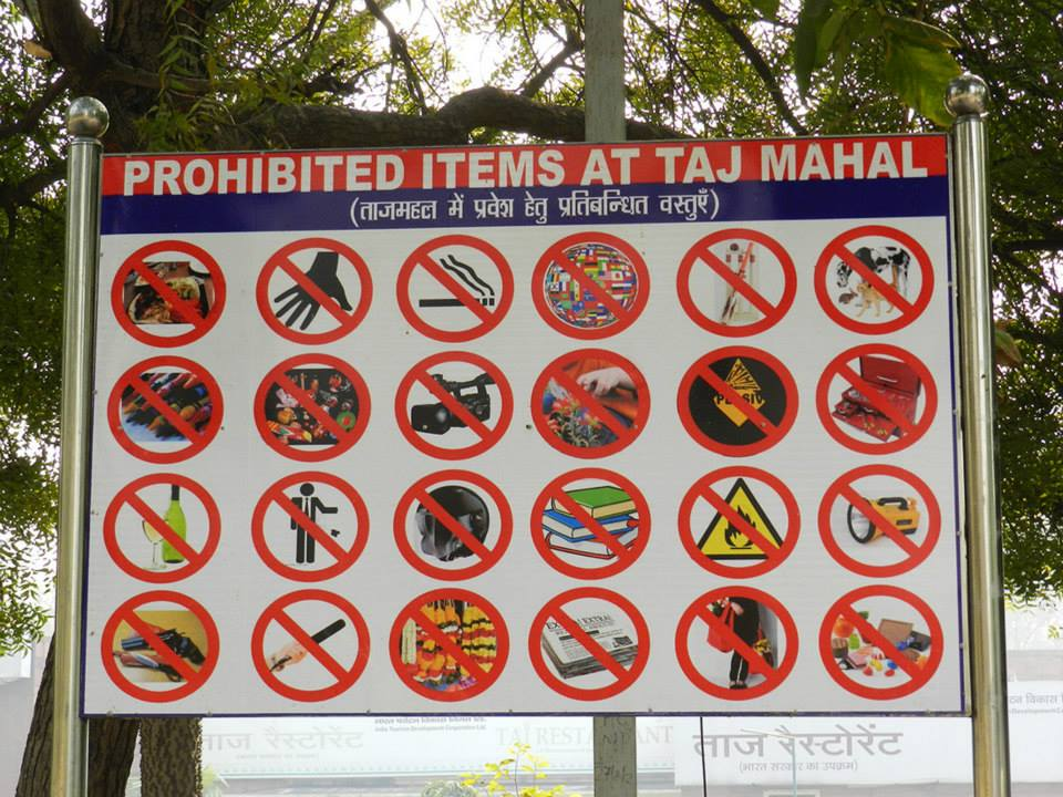 sign of prohibited items at Taj Mahal