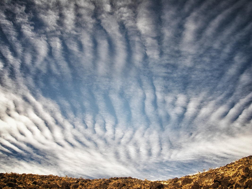 cloud wave patterns foothills